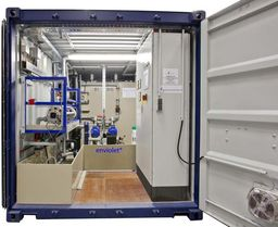 [Translate to FR:] Containerized rental UV-oxidation unit