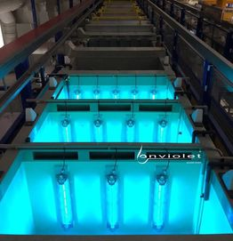 UV-disinfection of rinse tanks
