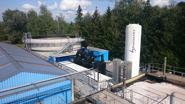Combination of UV-AOP and biological wastewater treatment
